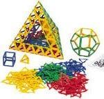 Polydron klikkes sammen og kan sammensættes så man kan bygge mange former.